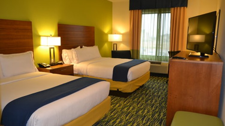 Holiday Inn Express & Suites Midland Room