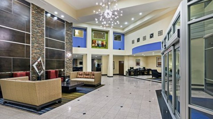 Holiday Inn Express & Stes Houston Dwtn Lobby