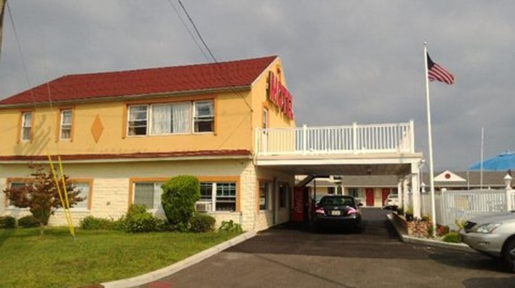 Passport Inn Exterior
