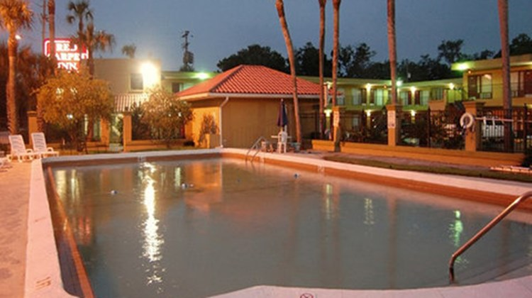 Red Carpet Inn Pool