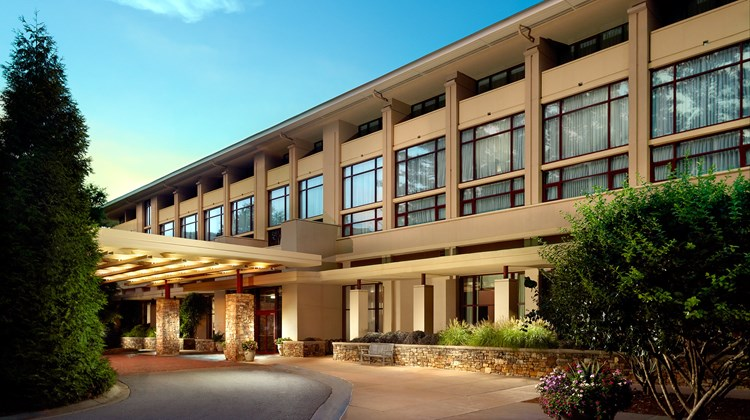 Emory Conference Center Hotel Exterior