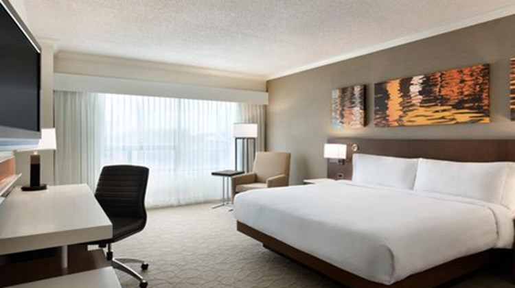 Delta Hotels by Marriott Saint John Room