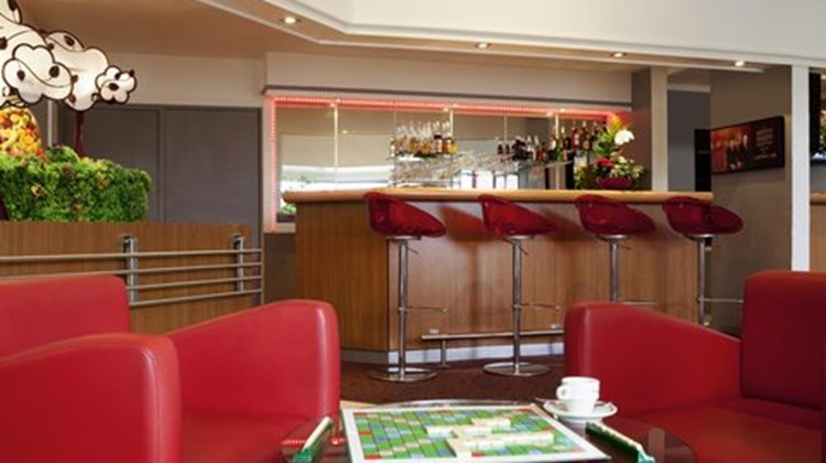 Ibis Hotel Nemours Other