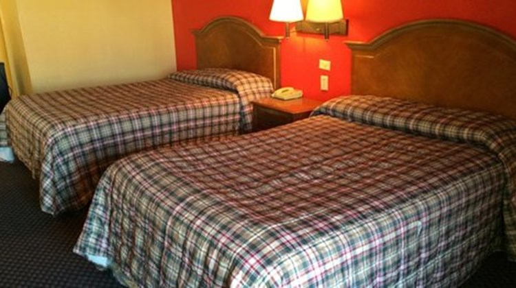 Scottish Inn Nashville Room