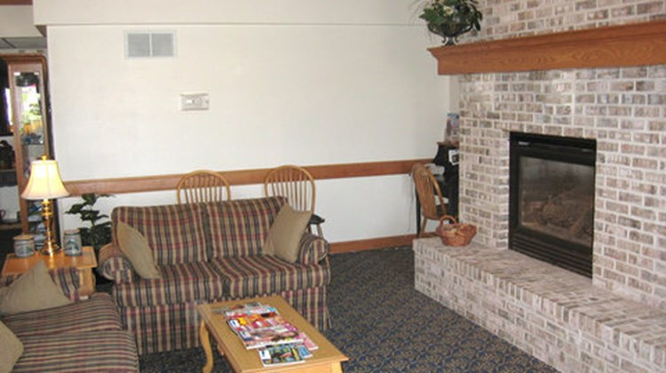 AmericInn of Webster City Lobby