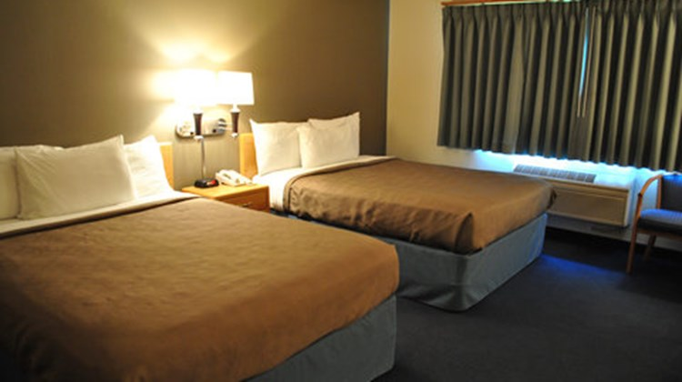 AmericInn of Webster City Room
