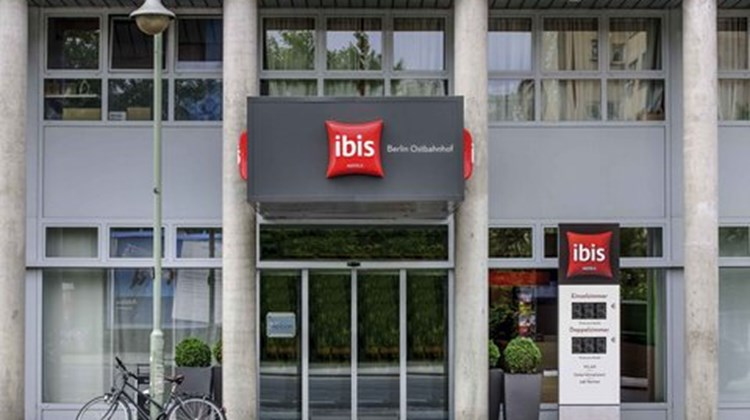 Ibis Berlin City Ost Exterior