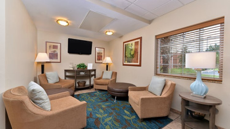 Candlewood Suites Hilton Head Lobby