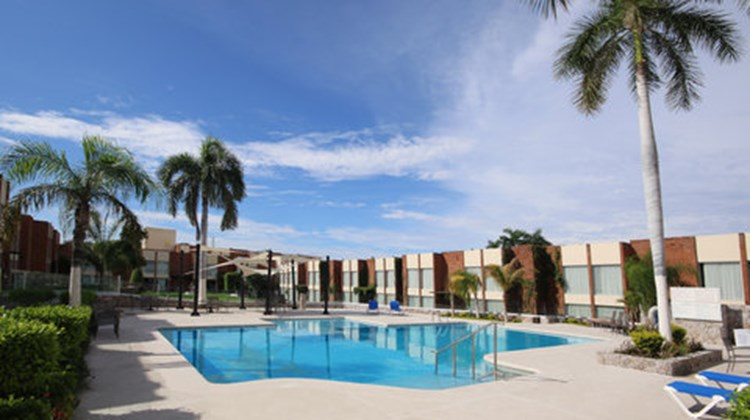 Holiday Inn Hermosillo Pool