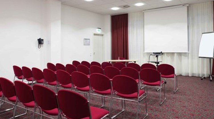 Hotel Ibis Karlsruhe City Meeting