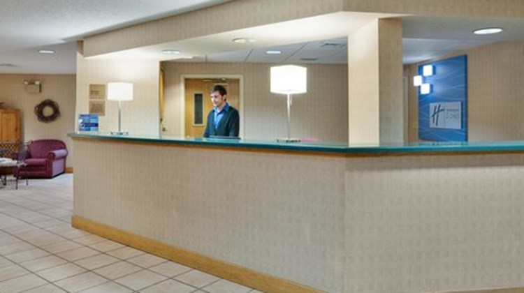 Holiday Inn Express Elizabethtown Lobby