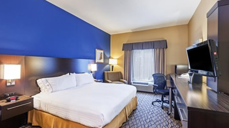 Holiday Inn Express & Stes Houston Dwtn Room