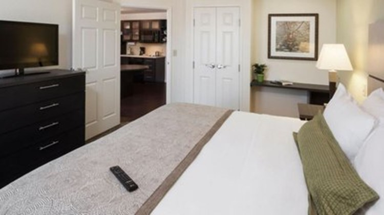 Candlewood Suites Houston Town & Country Room