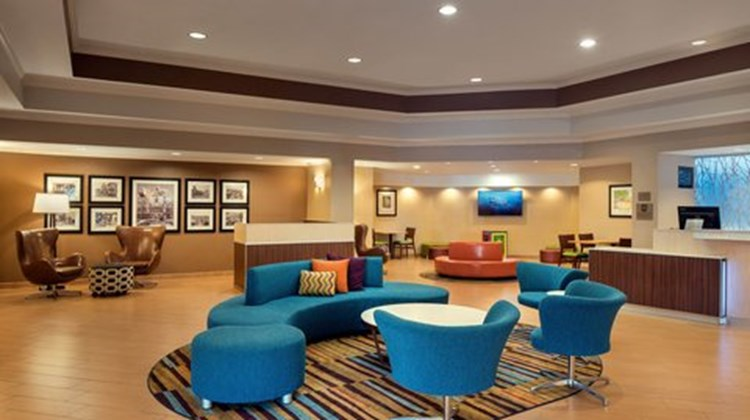 Fairfield Inn Anaheim Resort Lobby