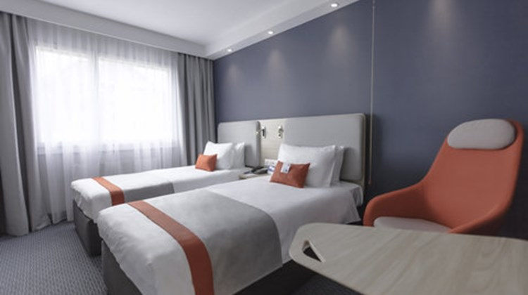 Holiday Inn Express Luzern-Neuenkirch Room