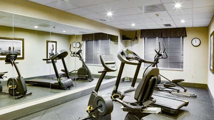 Holiday Inn Express & Suites Nevada Health Club