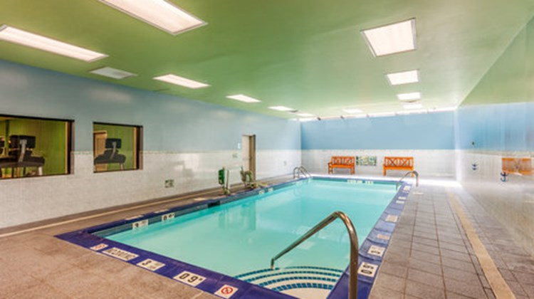 Holiday Inn Express Hauppauge Pool
