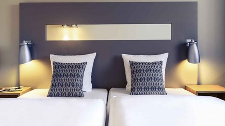 Mercure Hotel Duesseldorf City Nord Room