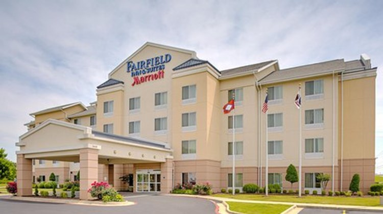 Fairfield Inn & Suites Jonesboro Exterior