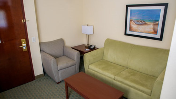 Holiday Inn Express Cocoa Suite