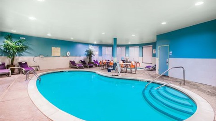 Holiday Inn Express Albany Downtown Pool