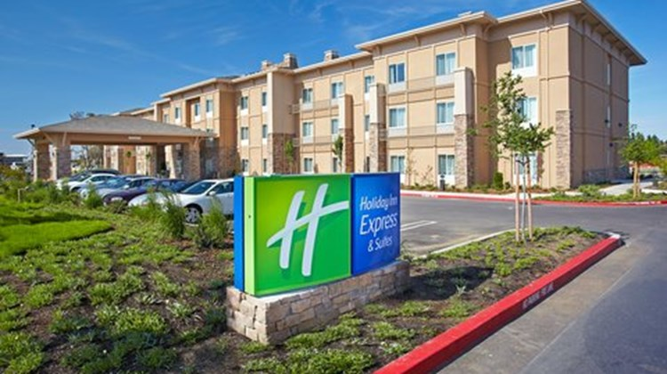 Holiday Inn Express Hotel & Suites Other
