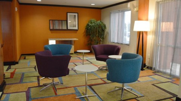 Fairfield Inn and Suites Channelview Lobby