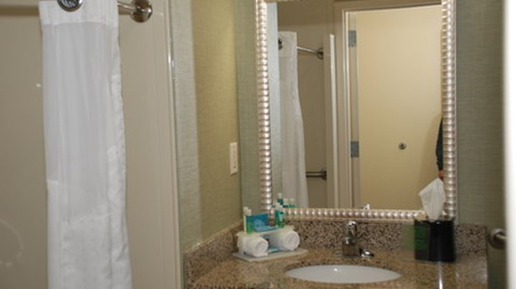Holiday Inn Express & Suites Covington Room
