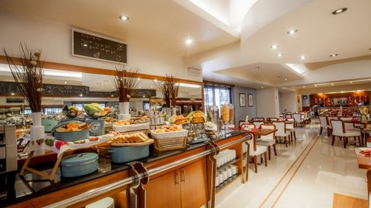 Golden Sands Hotel Apartments Restaurant
