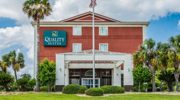 Quality Suites Lakes Charles Exterior