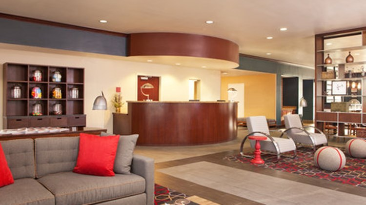 Four Points Sheraton Memphis - Southwind Lobby