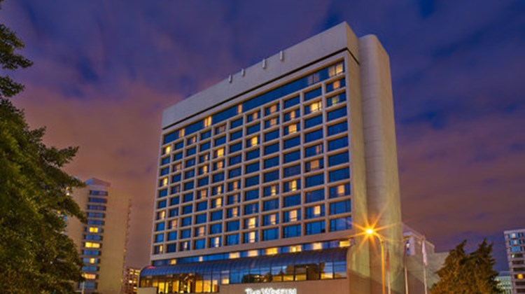 The Westin Crystal City Exterior