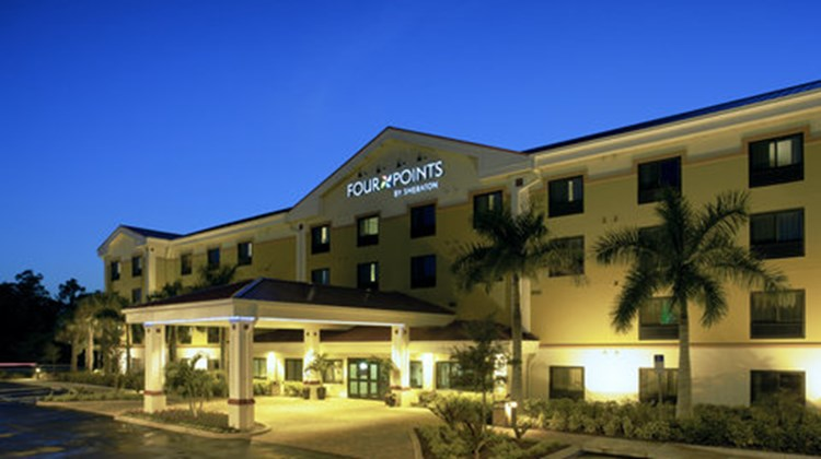 Four Points by Sheraton Fort Myers Arpt Exterior