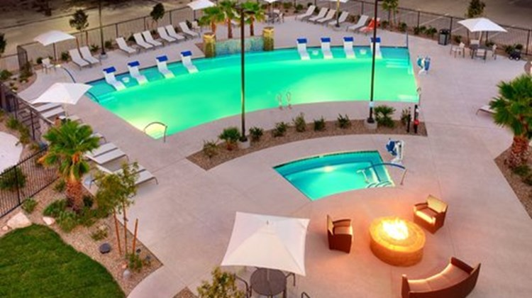 Holiday Inn Express & Sts Mesquite Pool