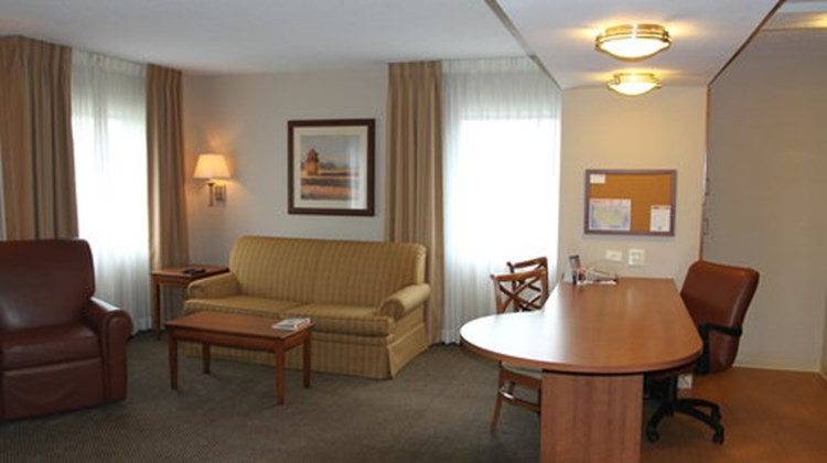 Candlewood Suites Downtown Room
