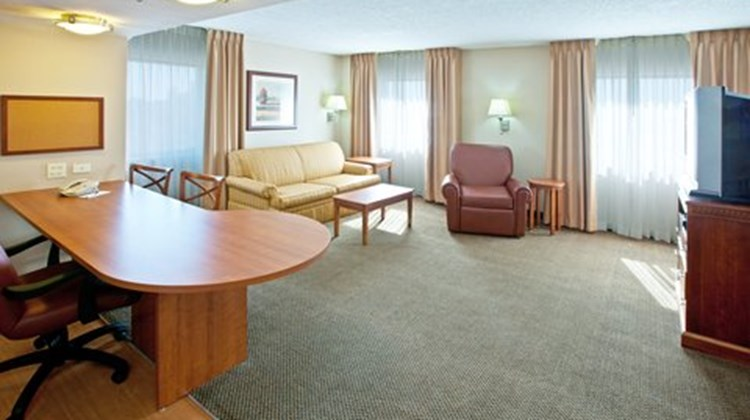 Candlewood Suites Downtown Suite