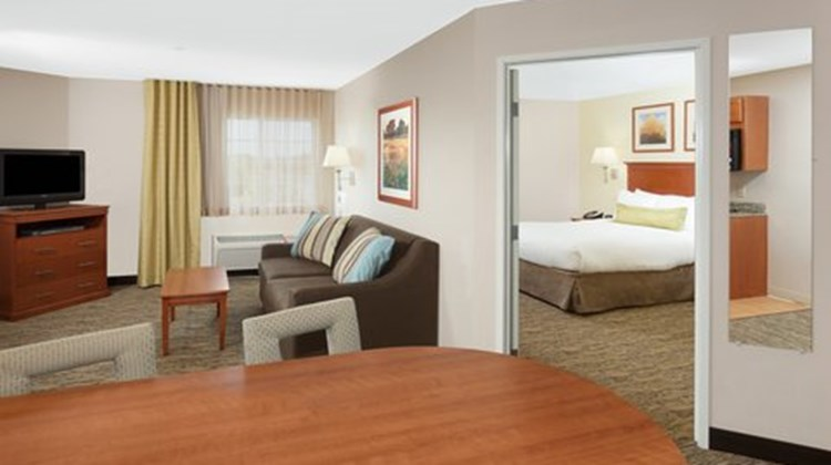 Candlewood Suites Chicago Room