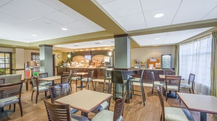 Holiday Inn Express & Suites Gadsden W Restaurant