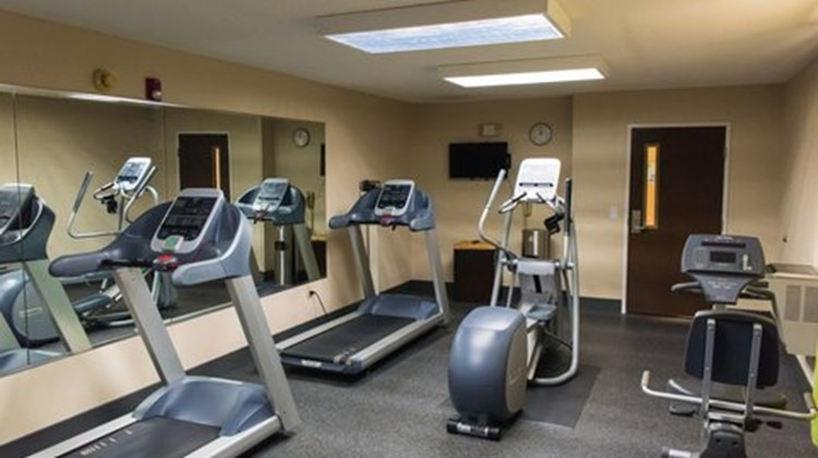 Holiday Inn Express & Suites Kinston Health Club