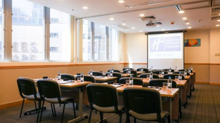 Holiday Inn Express - Causeway Bay Meeting