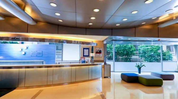 Holiday Inn Express - Causeway Bay Lobby