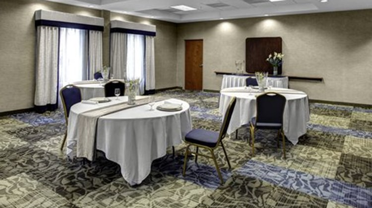 Holiday Inn Express & Suites Richmond N Meeting