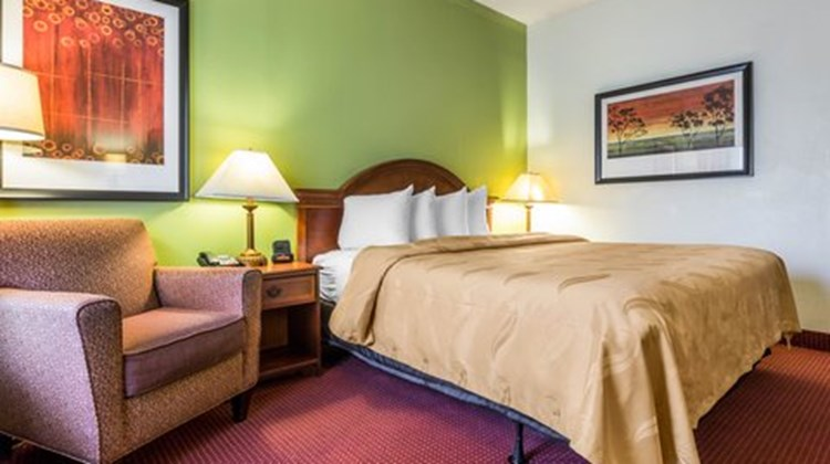 Quality Inn Walterboro Room