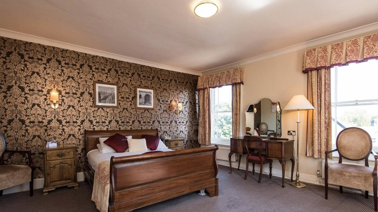George Hotel Huntingdon Suite