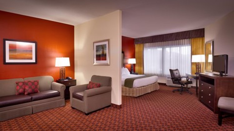 Holiday Inn Express & Sts Mesquite Suite