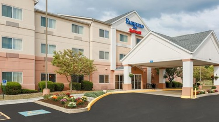 Fairfield Inn Warren Niles Exterior