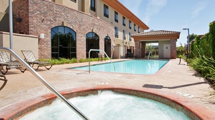 Holiday Inn Express & Suites Atascadero Pool