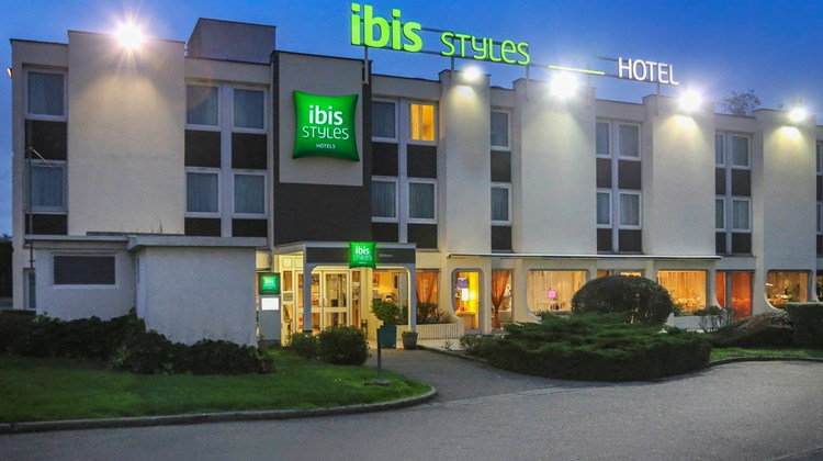 Ibis Styles Orleans Exterior