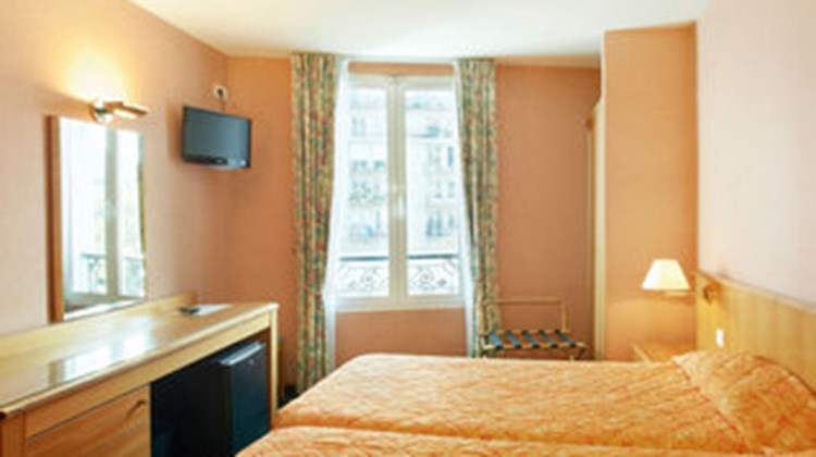 Grenelle Hotel Room