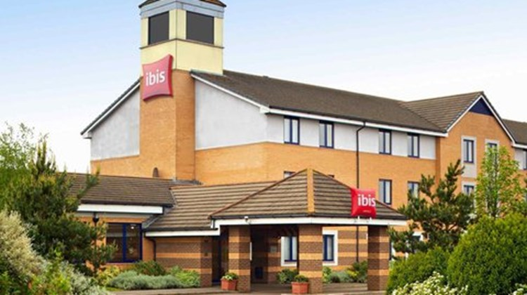 Ibis Wellingborough Exterior